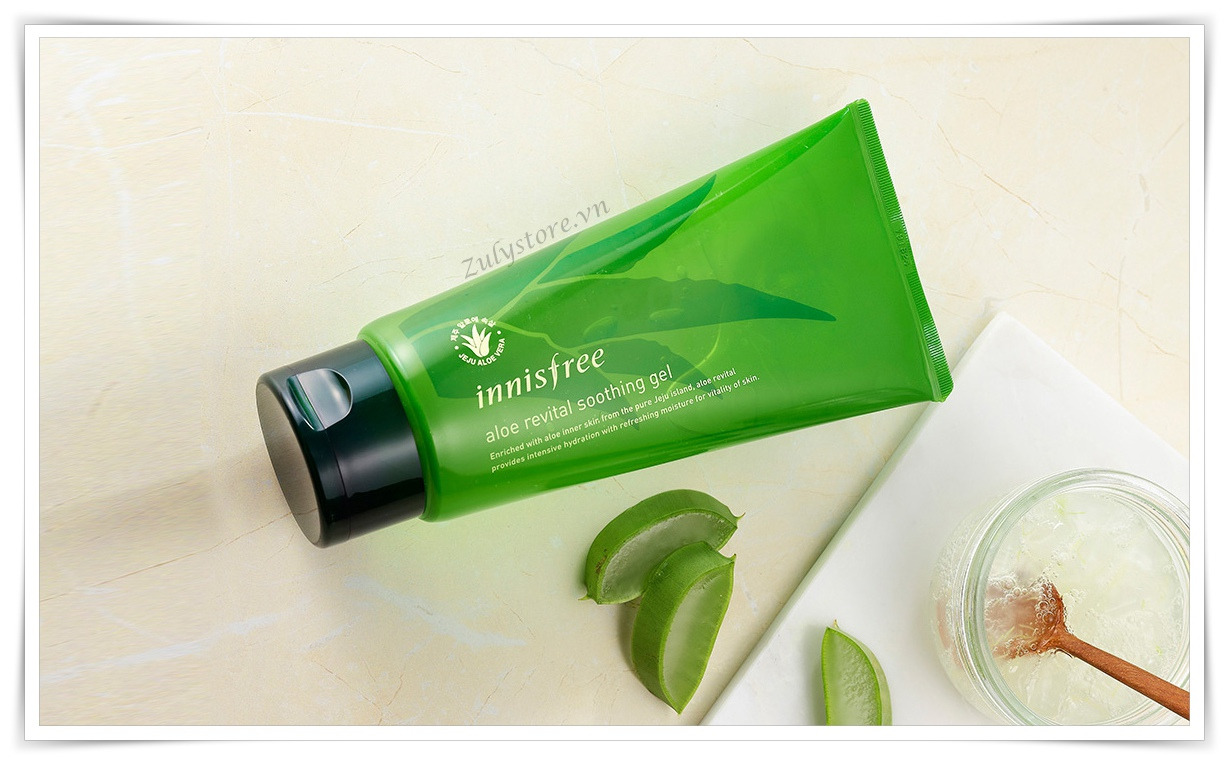 Gel lô hội Innisfree Aloe Revital Smoothing 300ml 1