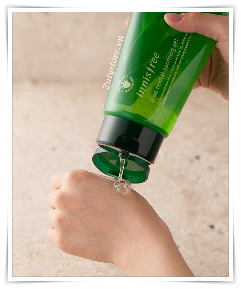 Gel lô hội Innisfree Aloe Revital Smoothing 300ml 5