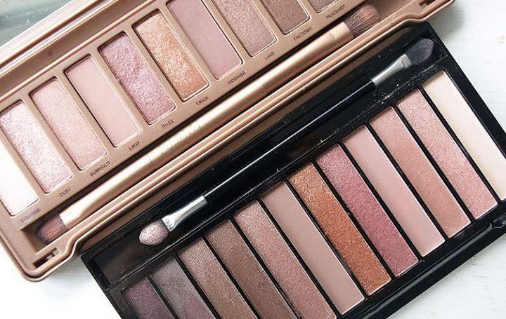 review chi tiet bang mat revolution eyeshadow palette iconic thumb